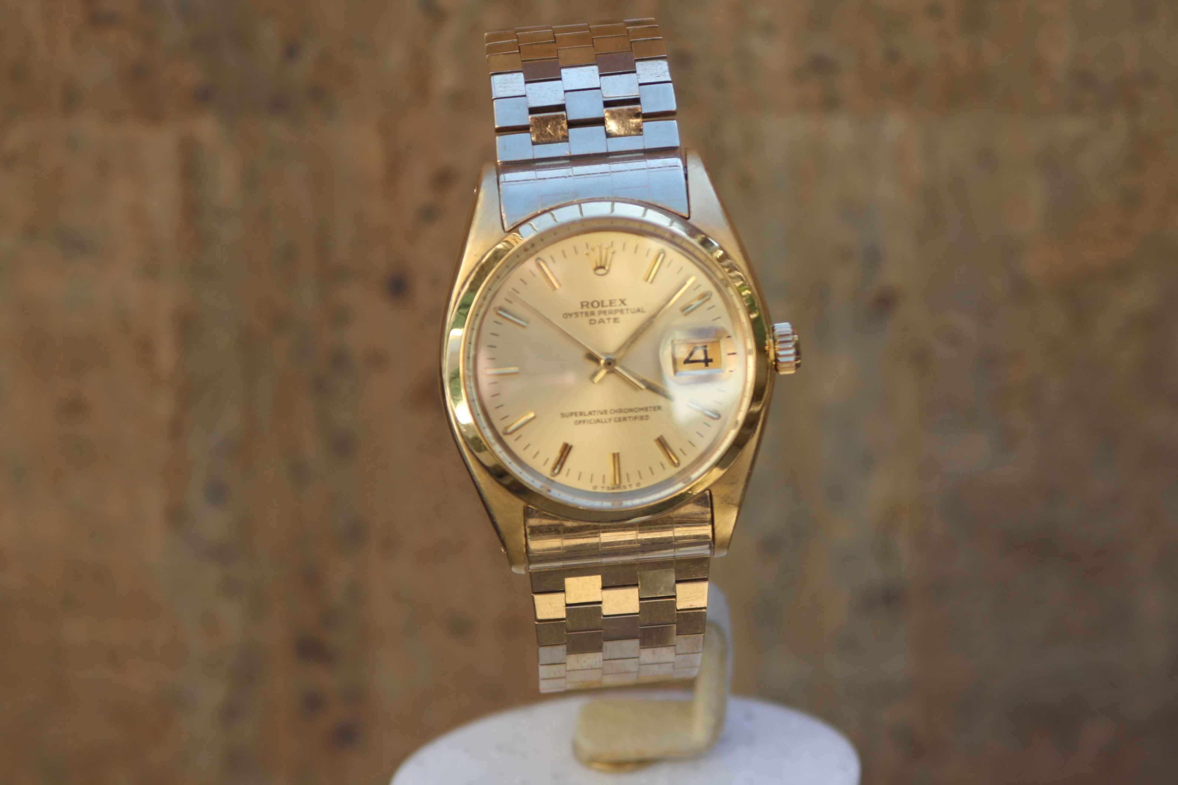 55ace86b5ee Rolex ref 1500 'Brick Style' bracelet in Yellow Gold - VINTAGE TIMES ...