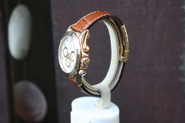 gold rolex cosmograph